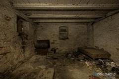Wer nicht brav ist, schläft im Keller