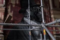 Plotbot Ken - Gentleman mit Gasmaske