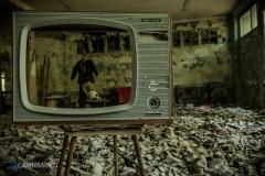Tele, no vision