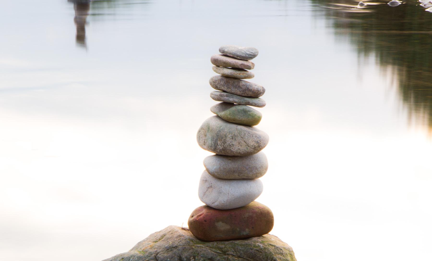 Steine in der Kinzig