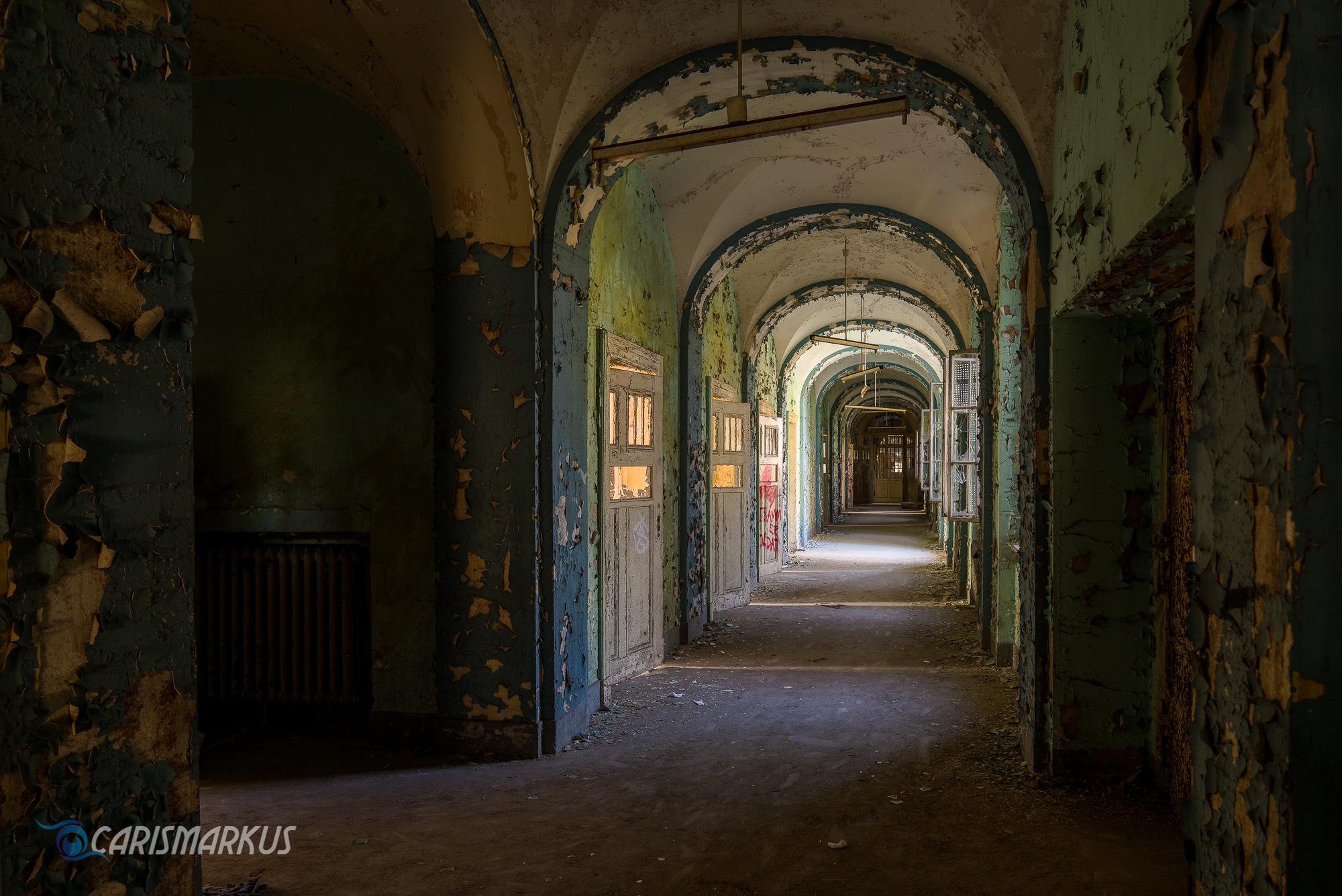 Enlighted Corridor (I)
